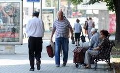 Што ќе донесат новите закони за пензискиот стаж и придонесите?