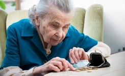 EU – Elderly People & Poverty – Current Levels & Changes Since the Crisis - Elderly EU Women